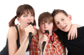 Pop trio